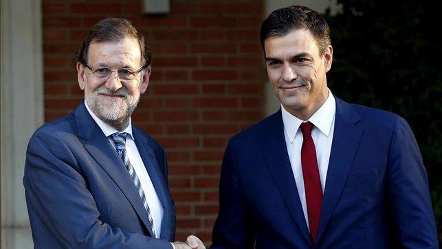 Rajoy-Sanchez-reunen-Palacio-Moncloa_EDIIMA20151222_0683_32